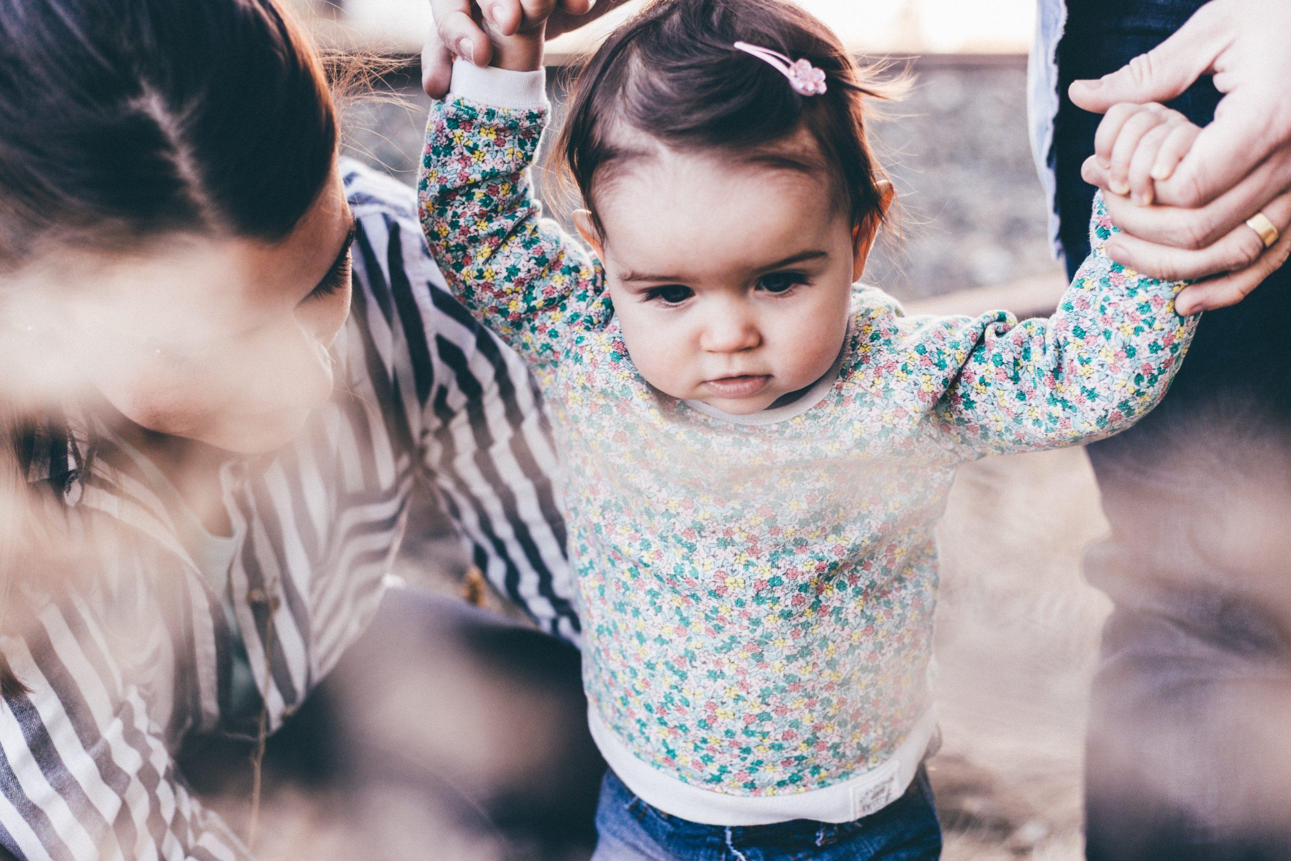 Quelles tenues choisir pour la stabilité de bébé ?