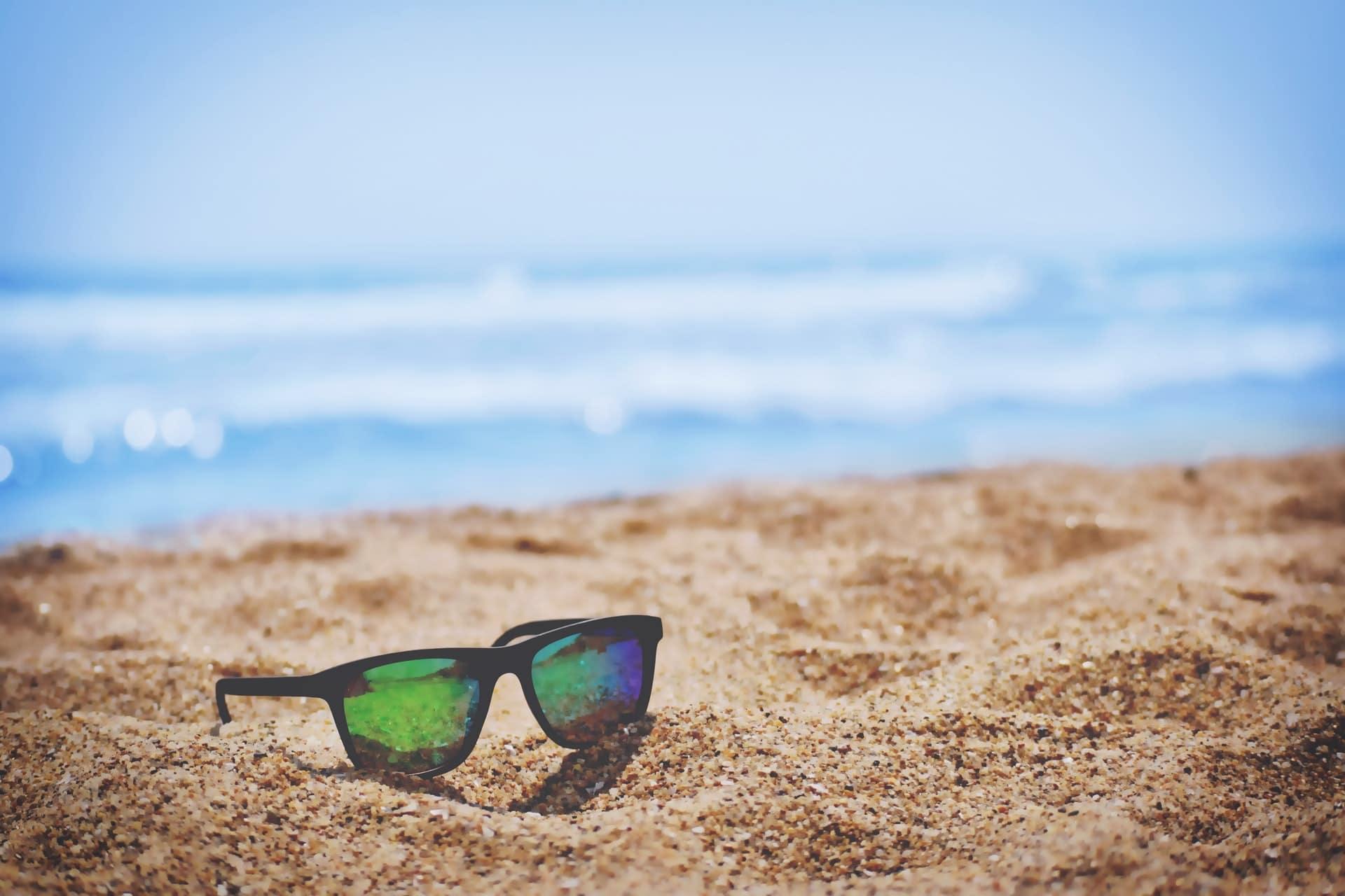 Que prévoir dans sa valise pour des vacances à la plage ?